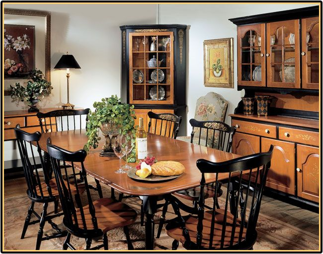 The Hitchcock Classic Dining Room Collection