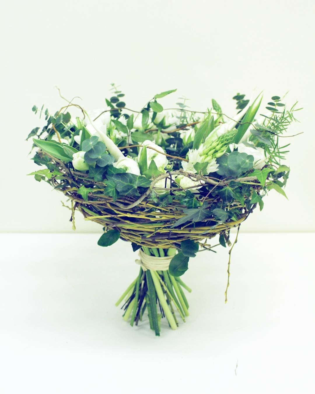 """Bouquet """"nid d'oiseau"""" / Les Fleurs d'Angéline"""""""