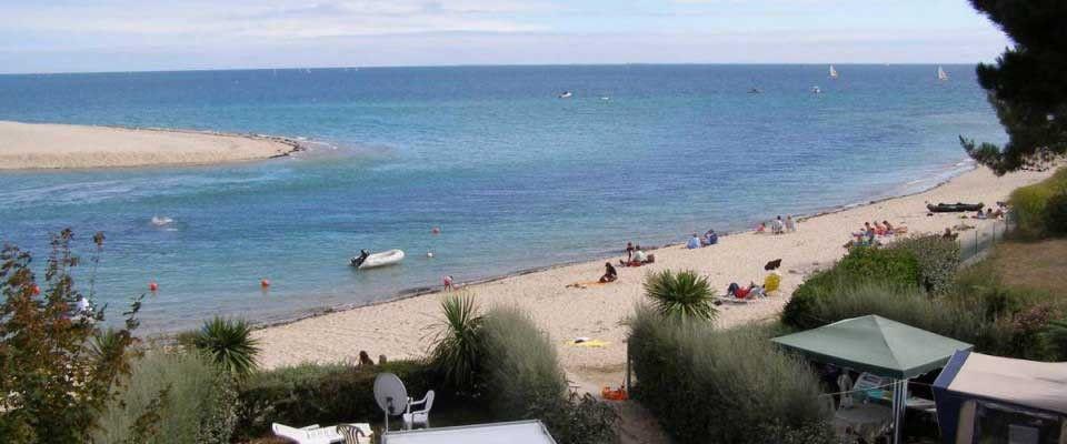 Camping Benodet Piscine Couverte · Covered PoolBretagneSwimming Pools