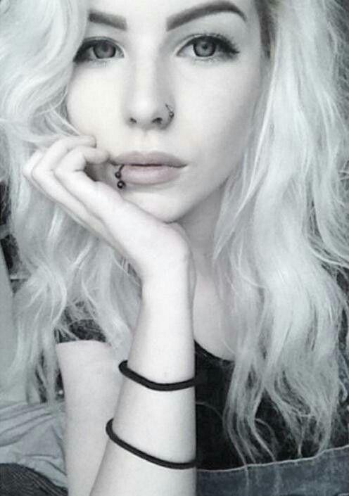 Alexandra Axelina Facial Piercings Piercings For Girls Cute Emo