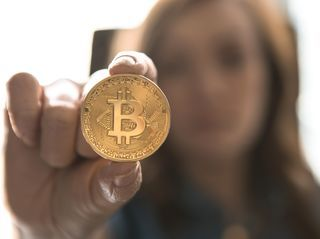 How to spend cryptocurrency online