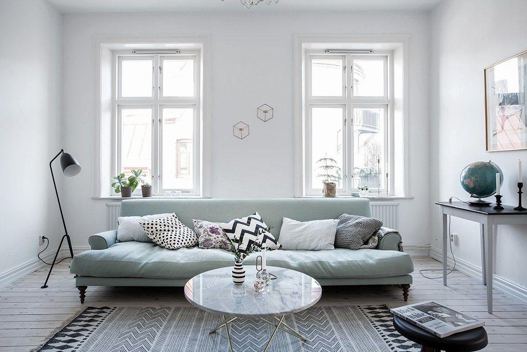 Wohnzimmerteppich beige ~ Mint green sofa in a light home via cocolapinedesign.com