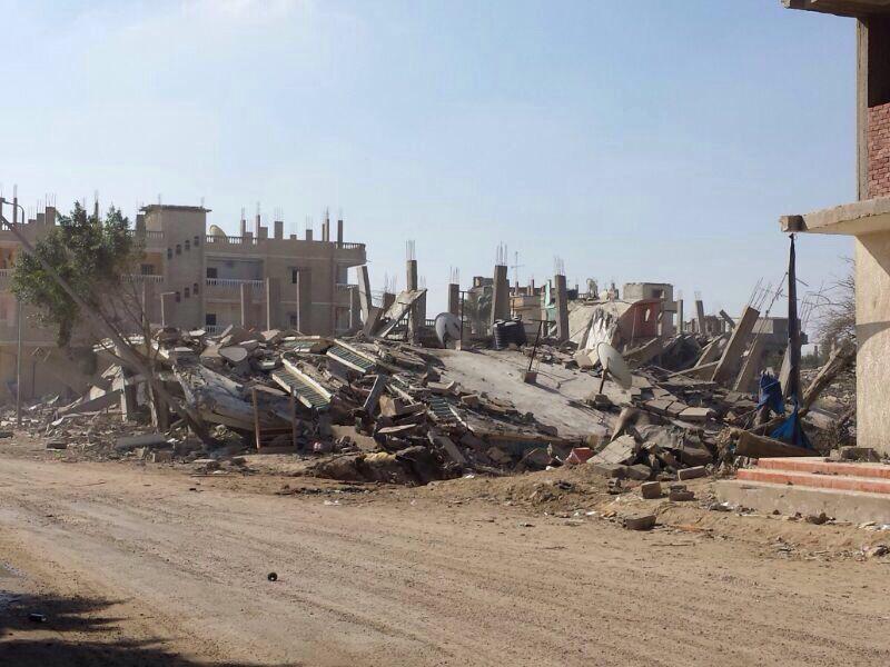 مصر العربية الصور من رفح بعد ان قام الجيش باخلاء و هدم المنازل سيناء التهجير مش حل