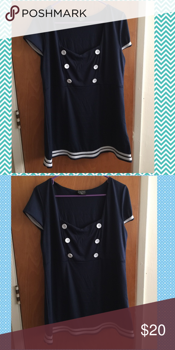 """Modcloth Sailor Blouse Rock Steady 2X/1X Wore once, great top! I was hoping this would fit, but it is still a little big on me. Rock Steady size 2X but fits more of a 1X. Chest measurements: 23"""", waist: 20"""", length from under arm: 21"""". More of a tunic fit. ModCloth Tops Blouses"""