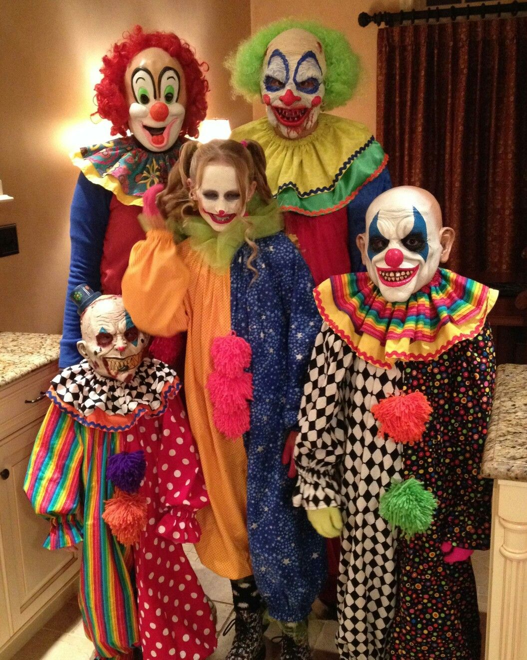 Family Of Clowns Clown Halloween Costumes Scary Halloween