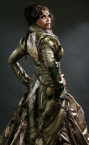 I would die to wear this to the ball, nose ring and all. Seriously I'm in love....
