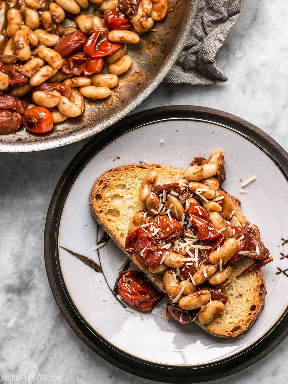 Garlic Toast with Balsamic Tomatoes and White Beans
