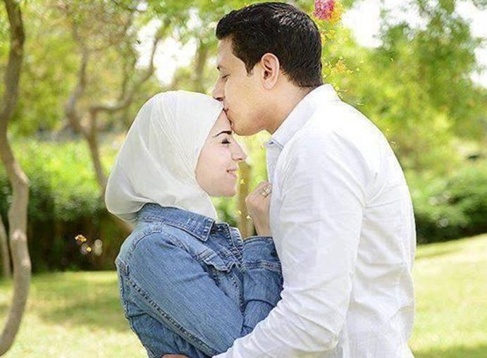 واجب الزوجة المسلمة تجاه زوجها Cute Muslim Couples Muslim Couples Love Photos