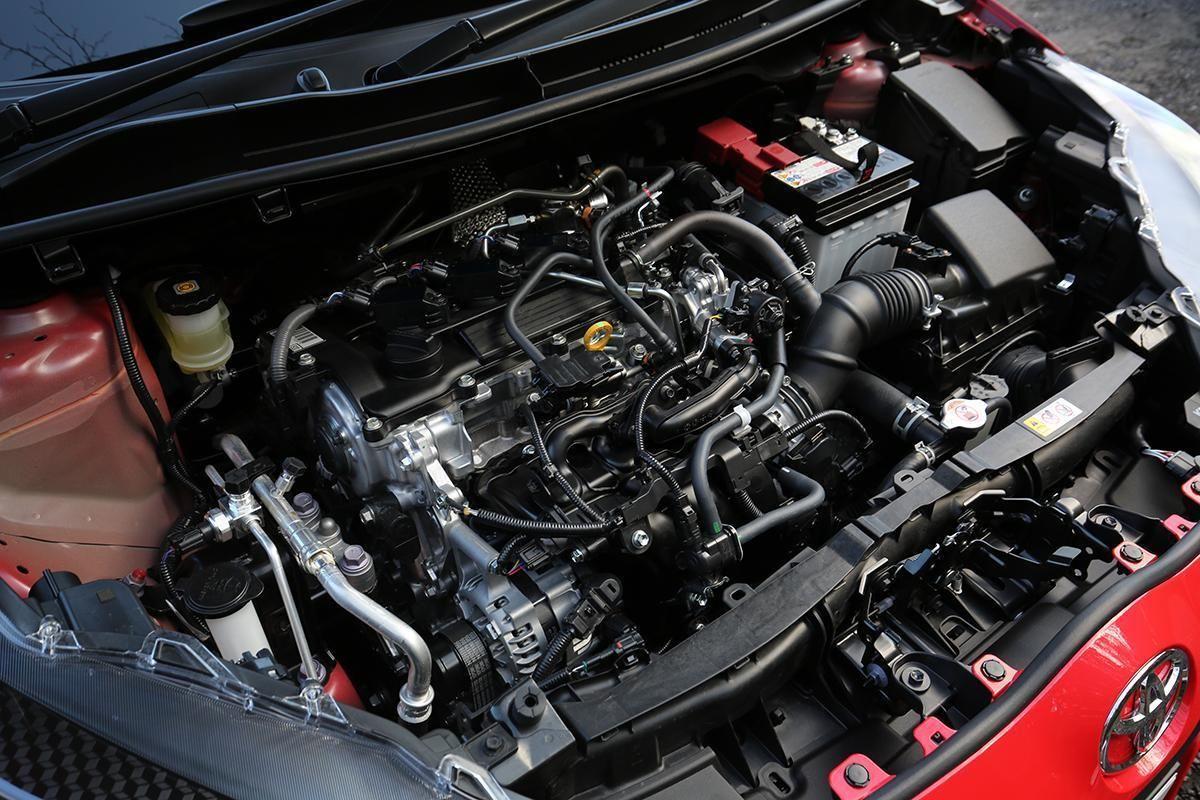 クルマを愛する人ならば いつまでも気持ちよく回る 快適 快調なエンジンをキープしたいもの 5万km 10万km 15万kmと走行距離を重ねていっても エンジンの良好なコンディションを保つためには どんなことに気をつければいいのだろうか 詳しく解説しよう