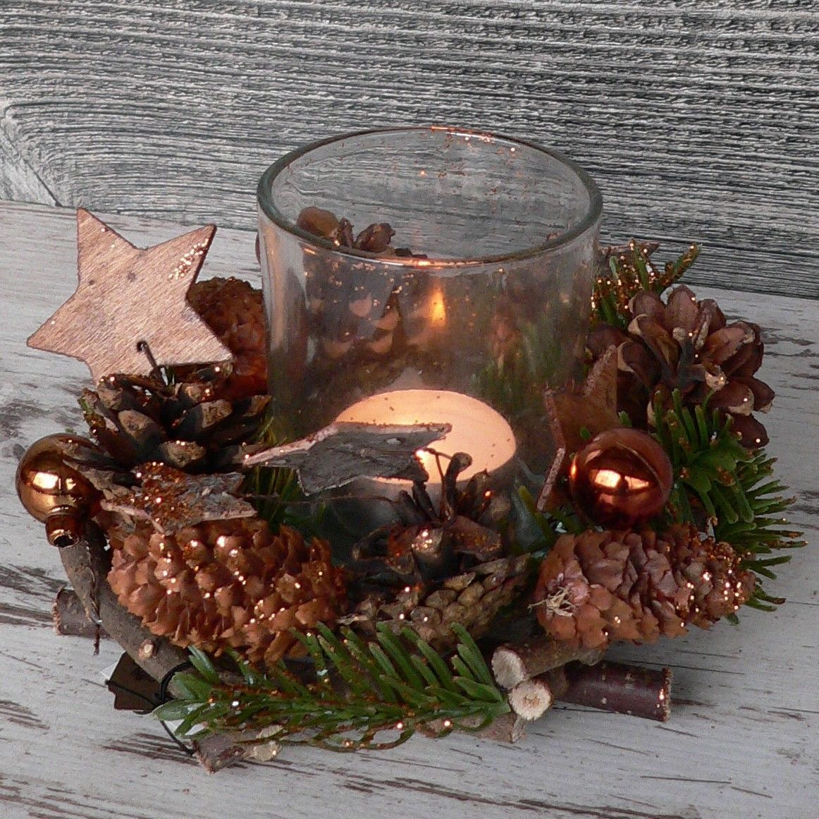 Holzkranz deko windlicht advent adventskranz weihnachten holz glas kupfer gr n weihnachten - Holzkranz dekorieren ...