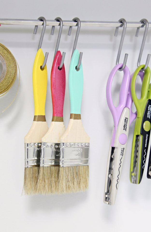 35 cool craft room storage ideas en casa 35 cool craft room storage ideas solutioingenieria Images