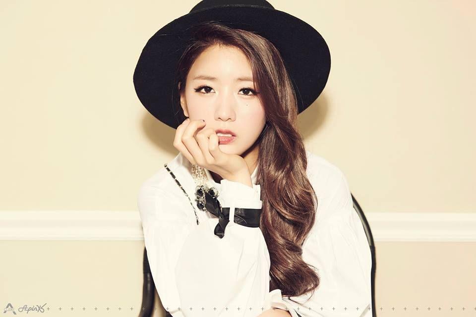 Name Bomi Yoon Member Of Apink Birthdate 13 08 1993 Fedora Hat Style Eyeliner Looks Pop Fashion