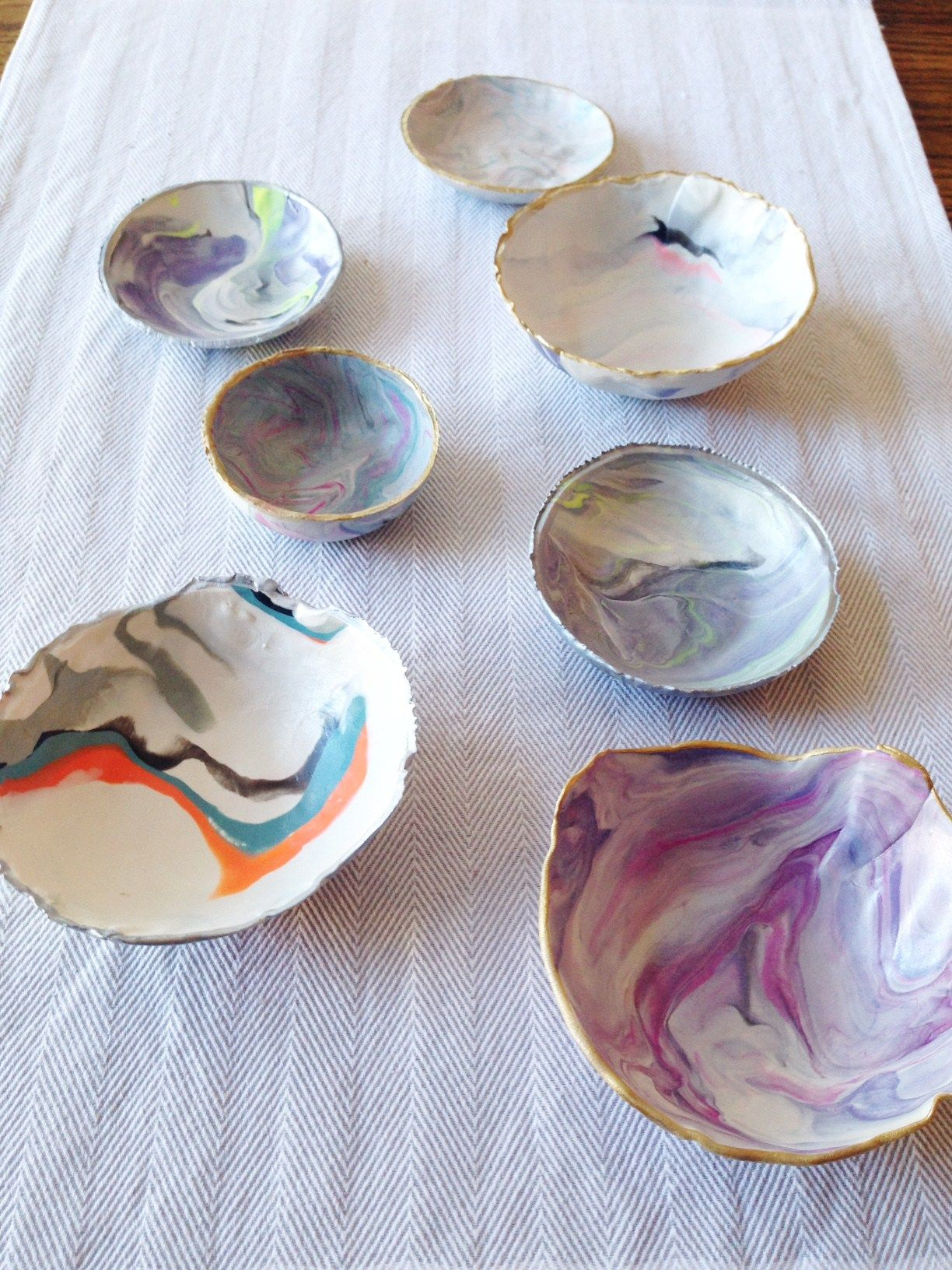 Diy Marble Clay Jewelry Bowls Three Happy Folk Marbled Clay Clay Crafts Diy Bowl