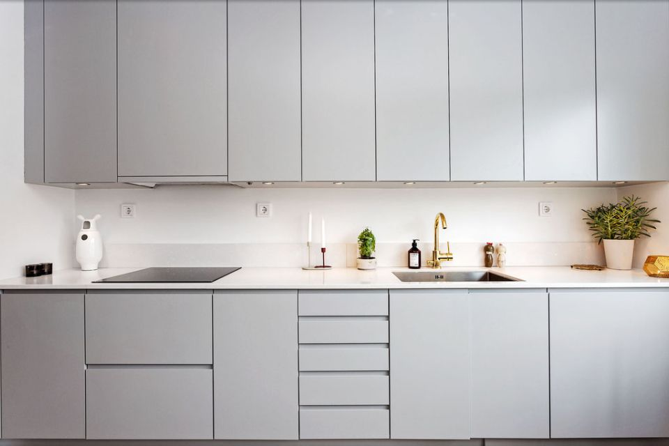 Nice Proportions Shapes Of Cupboards Drawers K I T C H E N - Light grey cupboards