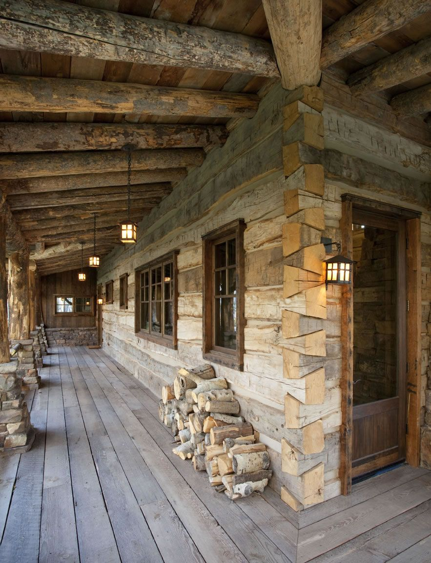 Wrap Around Porch And Dovetail Log Corners Log Cabin