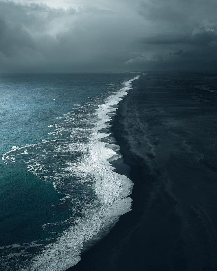 Waves In Iceland In 2020 Fine Art Landscape Photography Landscape Photography Landscape Wallpaper
