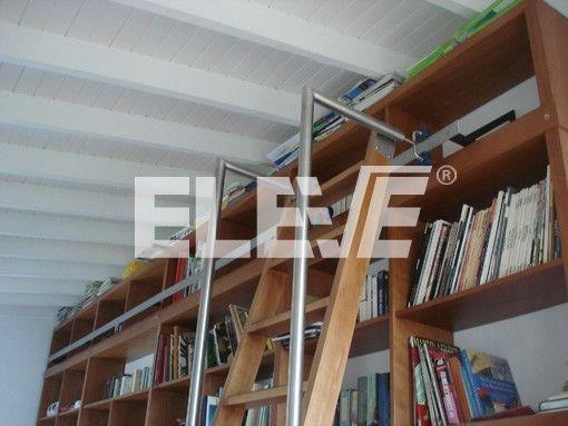 Escalera Corrediza para Biblioteca en Madera, con Herrajes de Acero ...