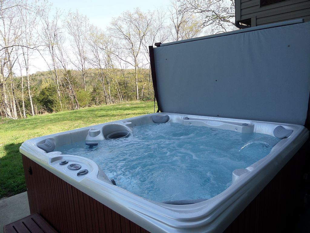 Jacuzzi Hot Tubs Prices Is Quite Affordable : Keysbackyard Jacuzzi ...