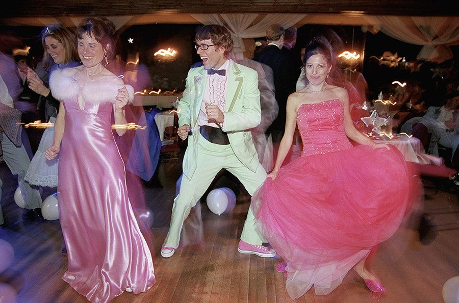 35 Ridiculous \'80s Prom Photos | Prom photos, 80s prom and Big night