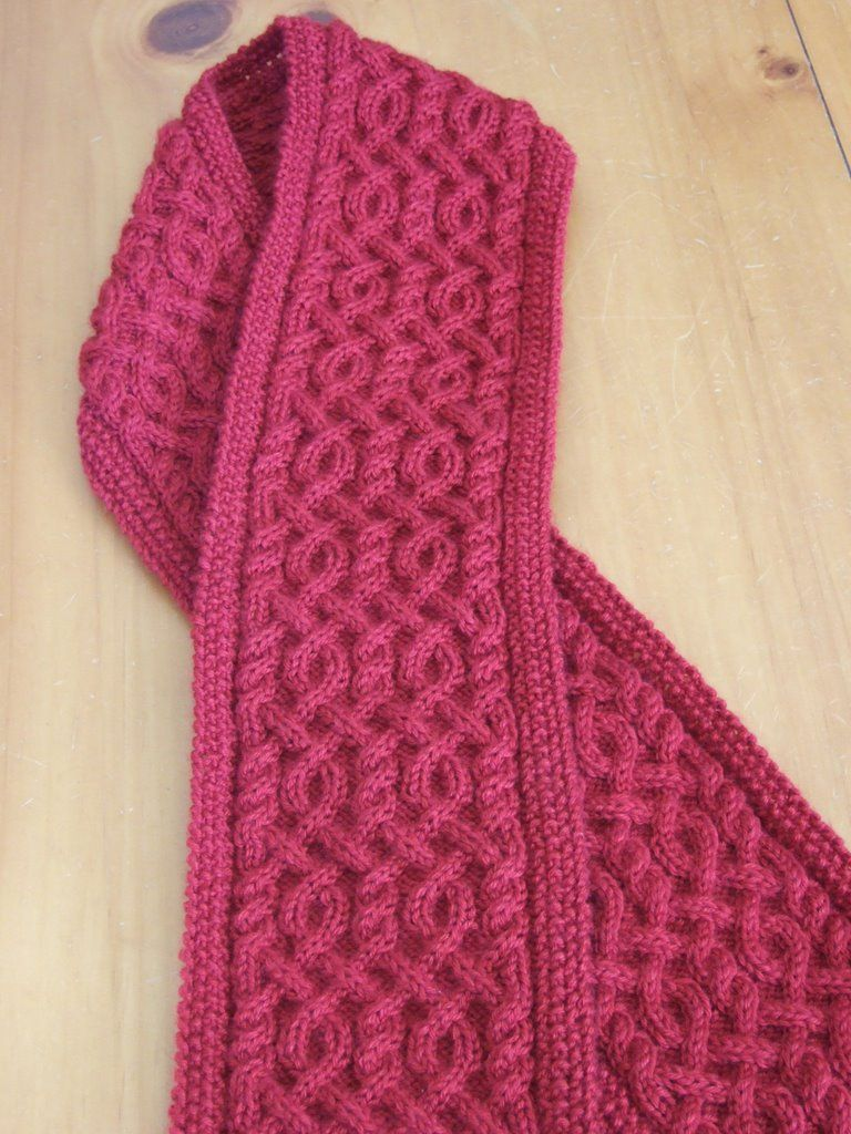 Cable Knit Scarf Pattern : Beautiful Cable knit Scarf and lots of lovely scarf patterns for free Croch...