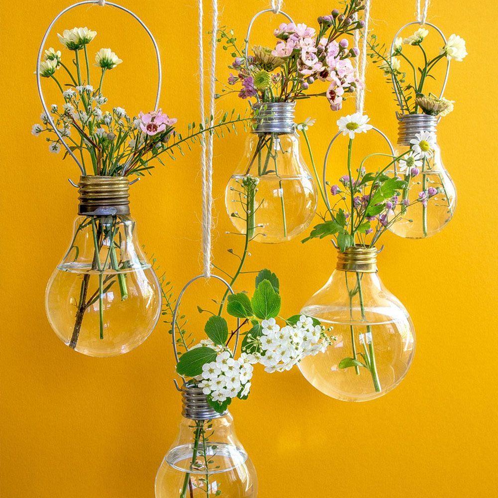 10 prachtige DIY hangende muurvazen - HomelySmart,  #DIY #hangende #HomelySmart #muurvazen ... #yellowaestheticvintage