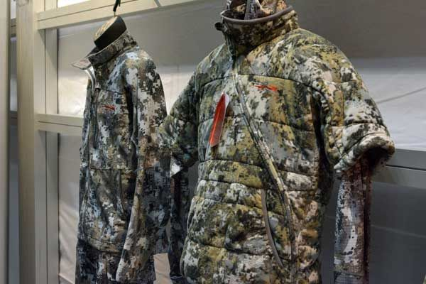 Sitka Gear S Optifade Elevated 2 High End Clothing Manufacturer Sitka Gear Released A New Camo Pattern Called Eleva Clothing Manufacturer Hunting Boots Fashion