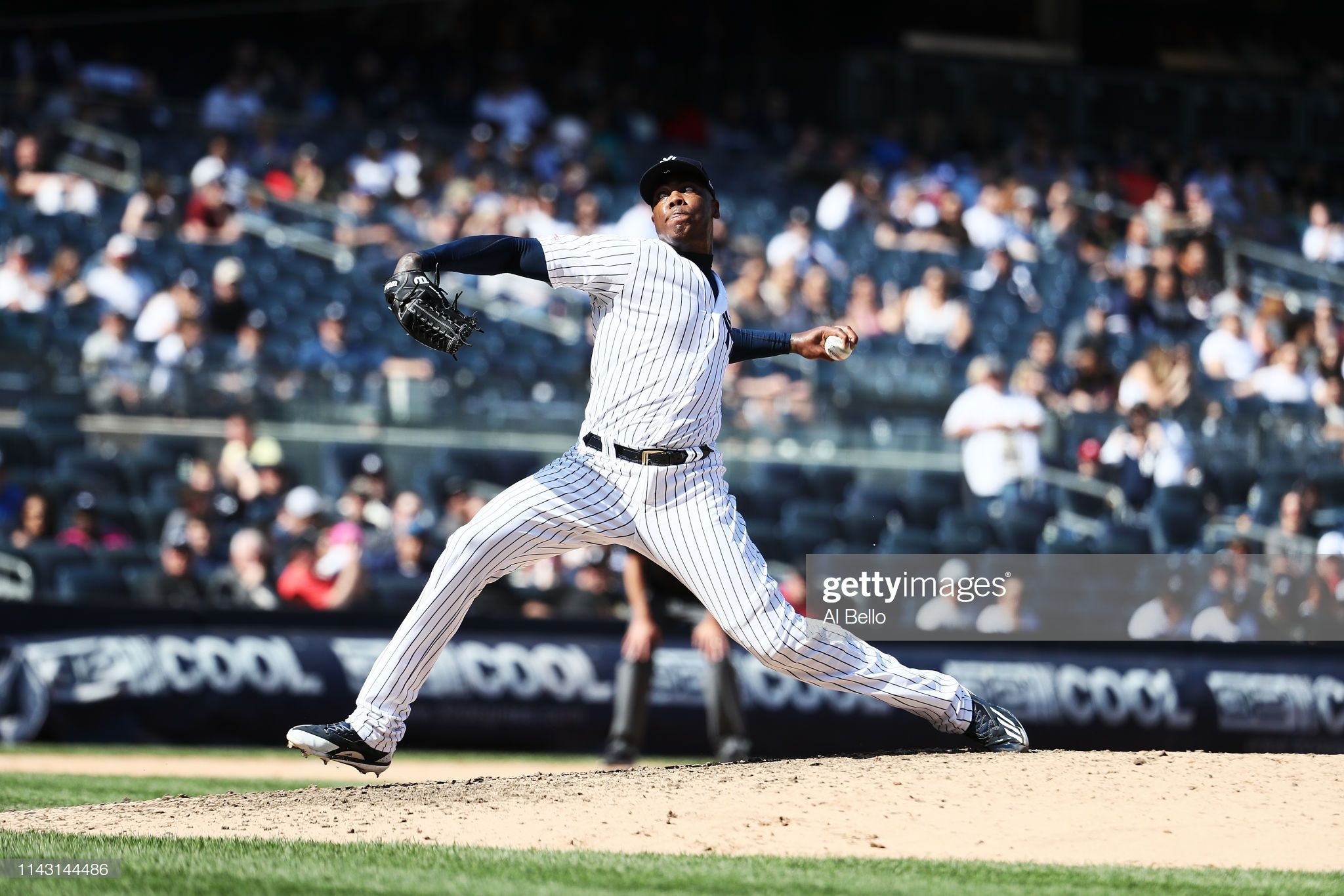 Aroldis Chapman Of The New York Yankees Pitches Against The Chicago New York Yankees Yankees Aroldis Chapman