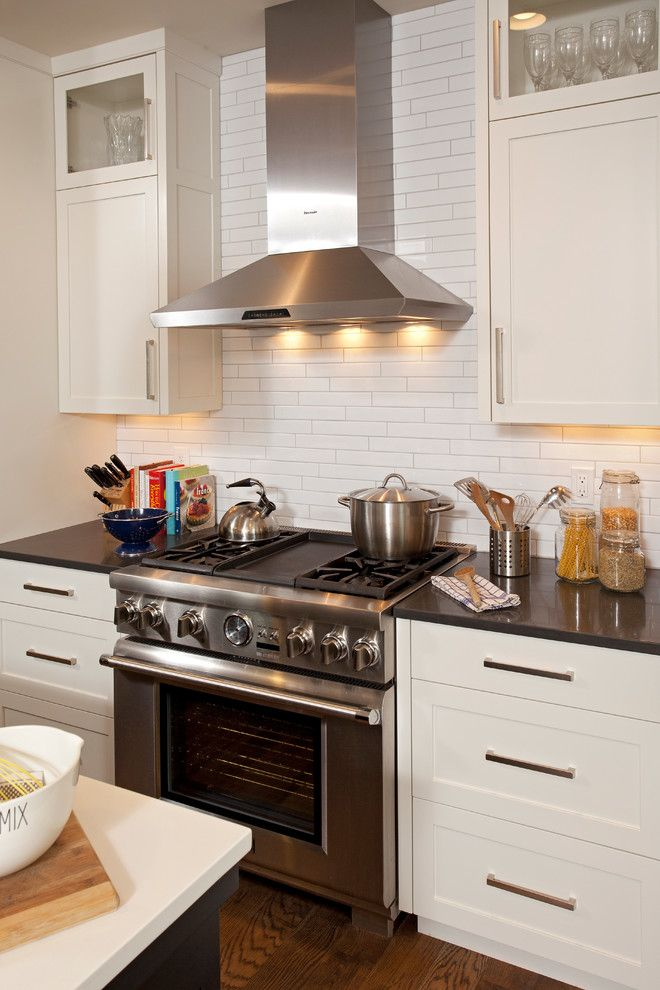 kitchen cabinet hardware ideas pulls or knobs contemporary