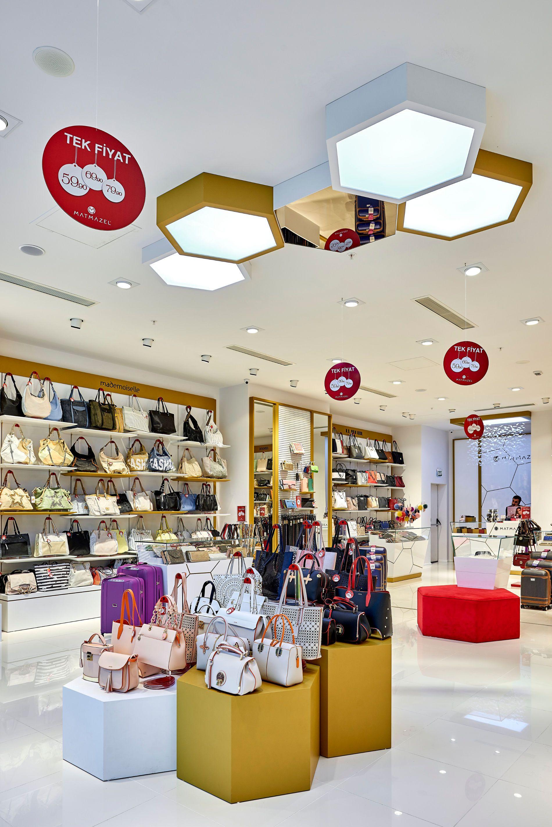 Matmazel Passend Zum Corporate Identity Hat Shopline Ladenbau Ein Modernes Design Entworfen Und Retail Store Interior Design Store Design Retail Store Interior