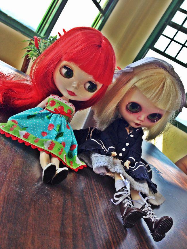 Ginger-Corvínea-passeando-em-Santos-chá-com-cupcakes