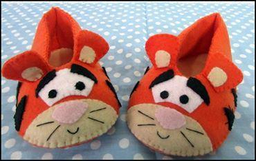 8353343462fa6d sapatinho para bebe em feltro , personagem tigrão cutes | sapatinhos ...