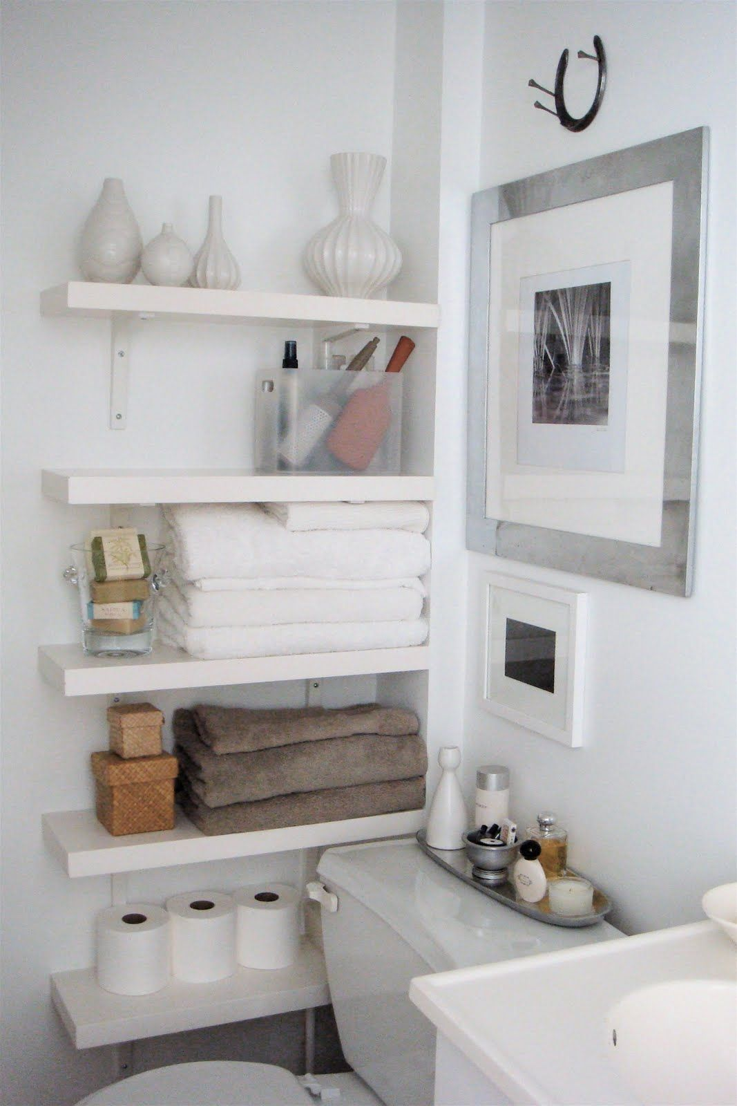 Nice and Awesome Bathroom Selves Idea : Small Space Organizing ...