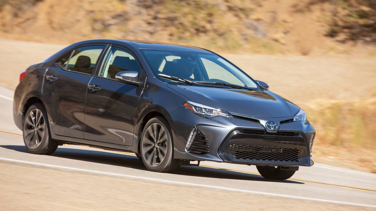 2017 Toyota Corolla Xle Review Inoffensive And Adequate At Every Level Toyota Corolla Cheap Sports Cars Toyota