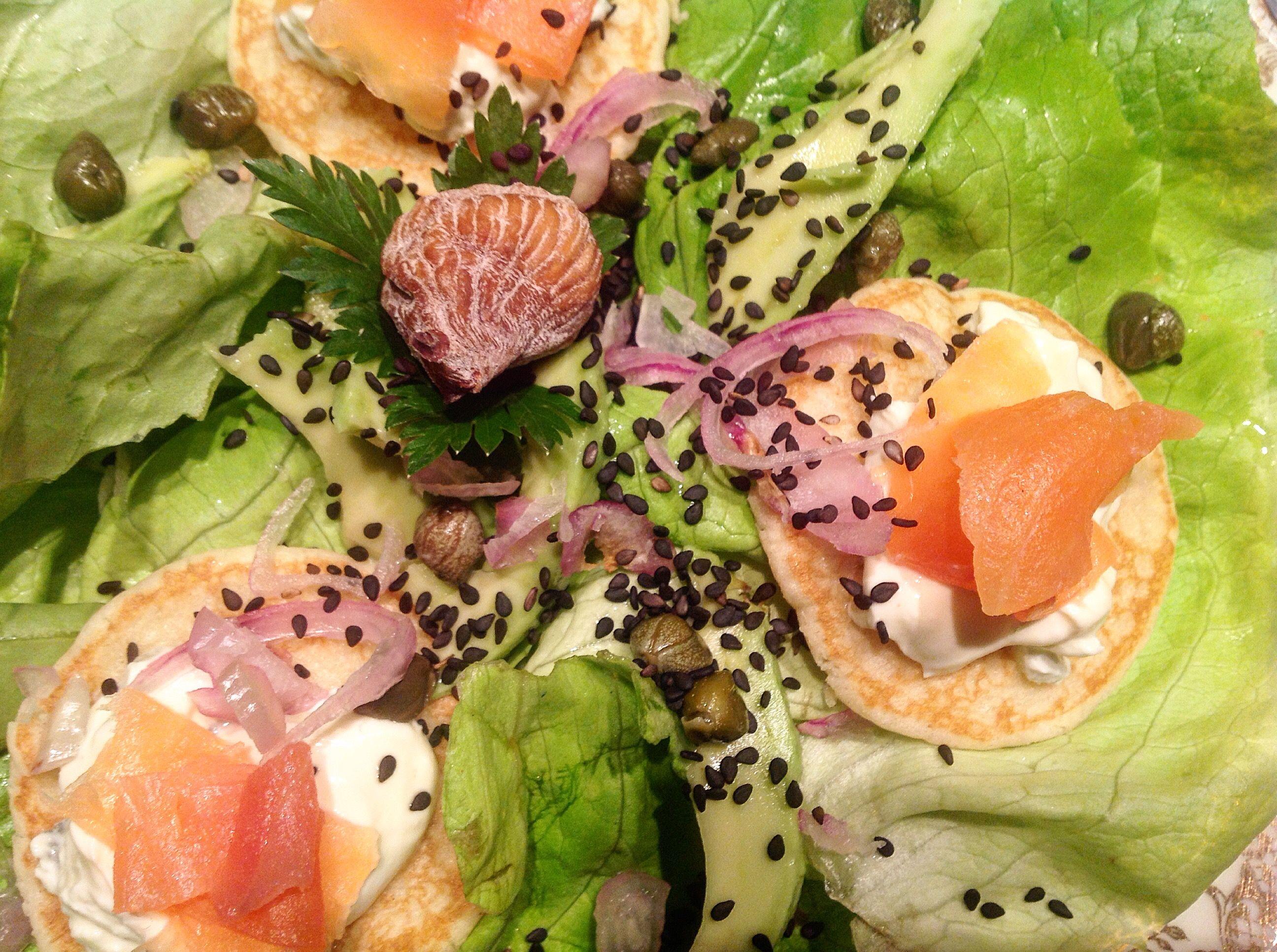 Salade Grecorusse  . Salade composée bio. http://les-kifs-de-sandra.com/la-grecorusse/