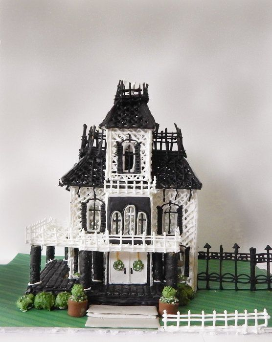 Royal Icing Haunted Mansion house structure - by Kim Coleman (Sugar ...