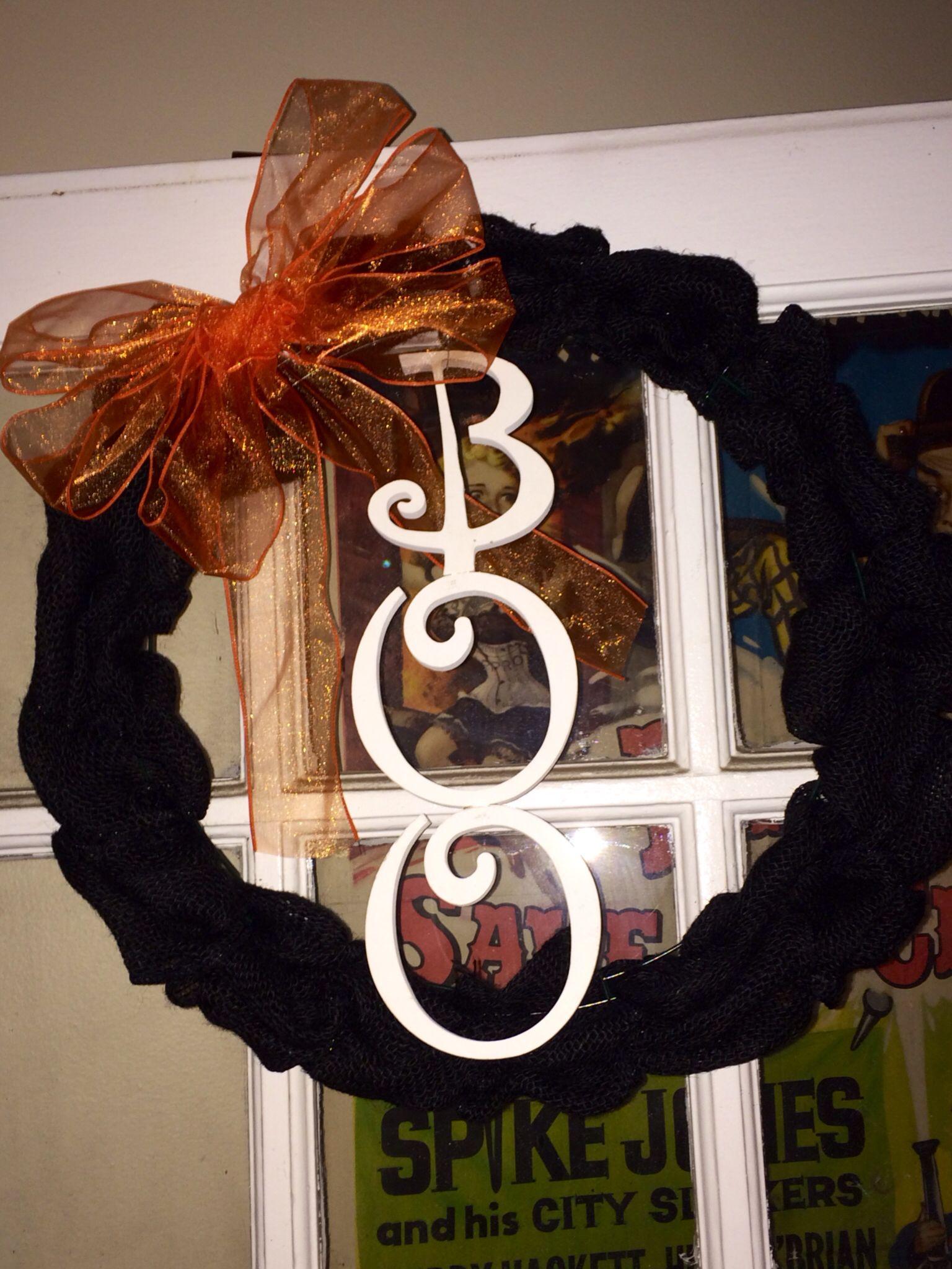 Black Burlap Halloween Wreath!!