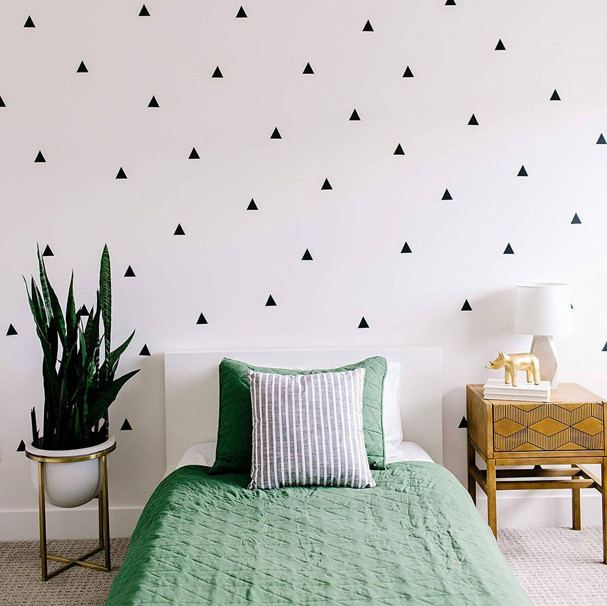 22 Bedroom Accent Wall Design Ideas