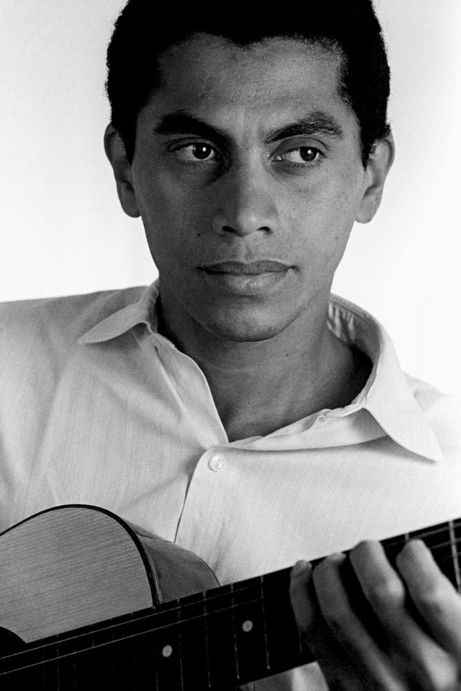 Paulinho da Viola | Música brasileira, Cantor brasileiro, Musica popular brasileira