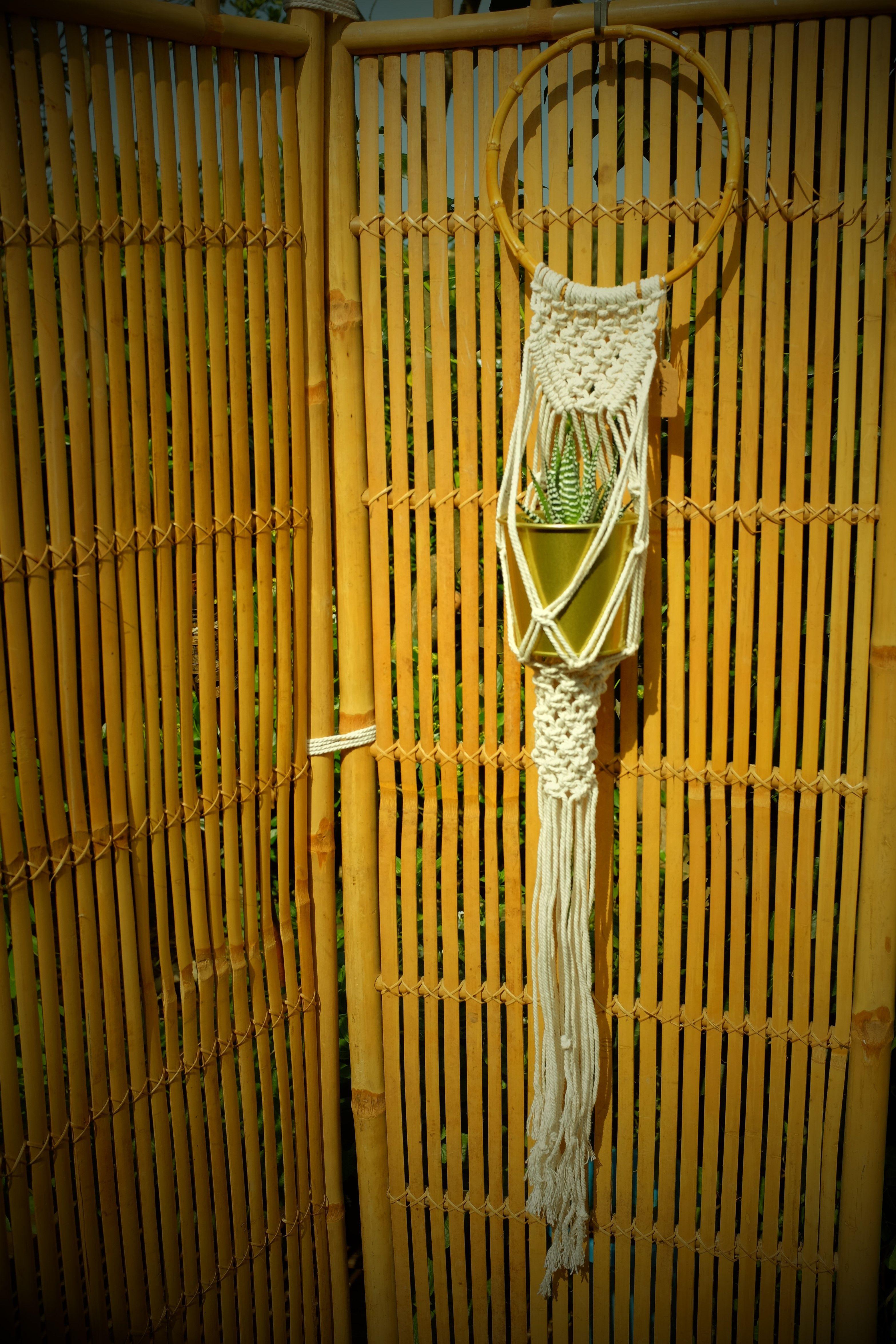 Plant Hanger, Bamboo, love macramé | Wall hanging | Pinterest ...