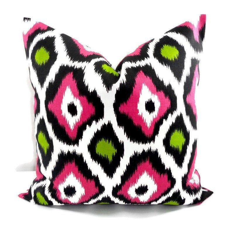 Farmhouse Pillow Cover Pink Giraffe Print Pillow Pink Green Sham Cover Pink Euro Pillow Animal Print Pillow Throw Pillow Cover Animal Print Pillows Printed Pillow Pink Pillows