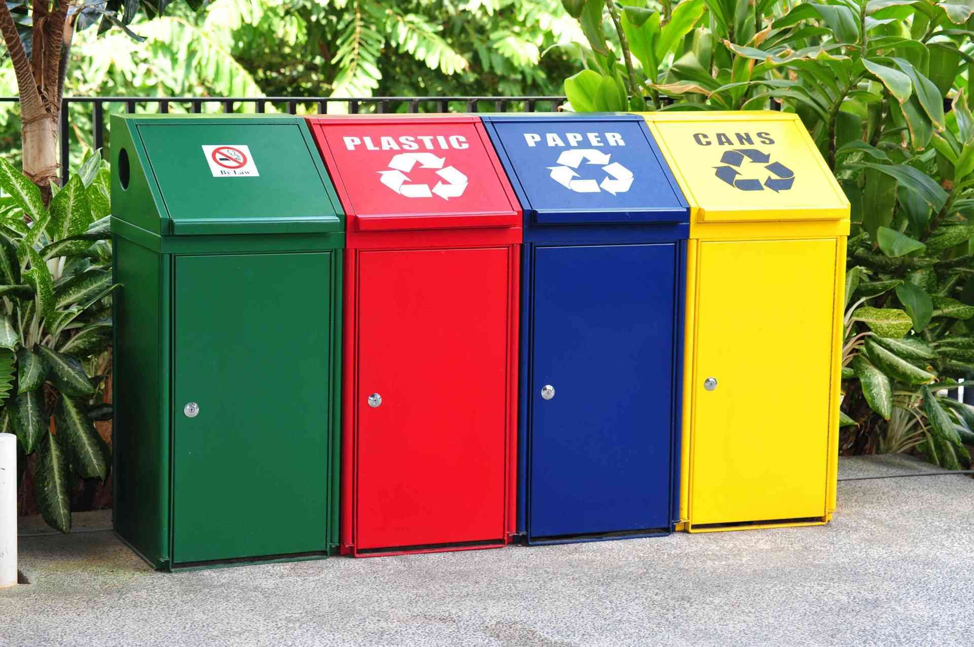 5 Easy And Smart Ways To Keep The Environment Clean Recycling