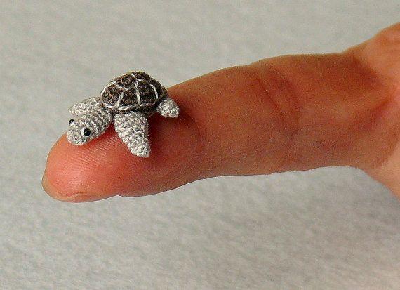 Amigurumi Tortoise Tutorial : Mini turtle tortoise miniature amigurumi tiny turtle tortoise
