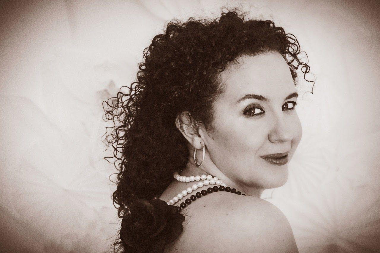 Música de timbal, bongó y Jazz... Celia Mur y Hugo Fernández