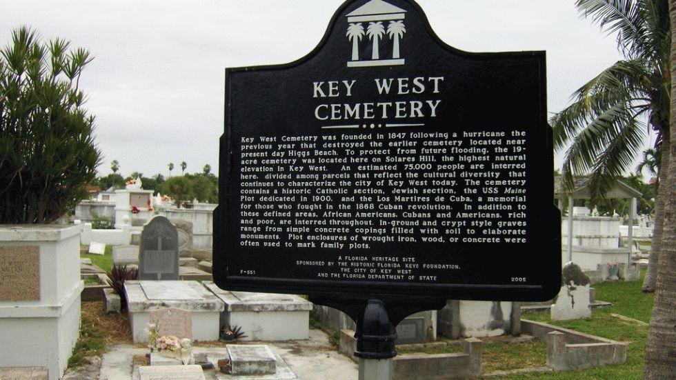 15 MustSee Historic Cemeteries Across the U.S. Rivers