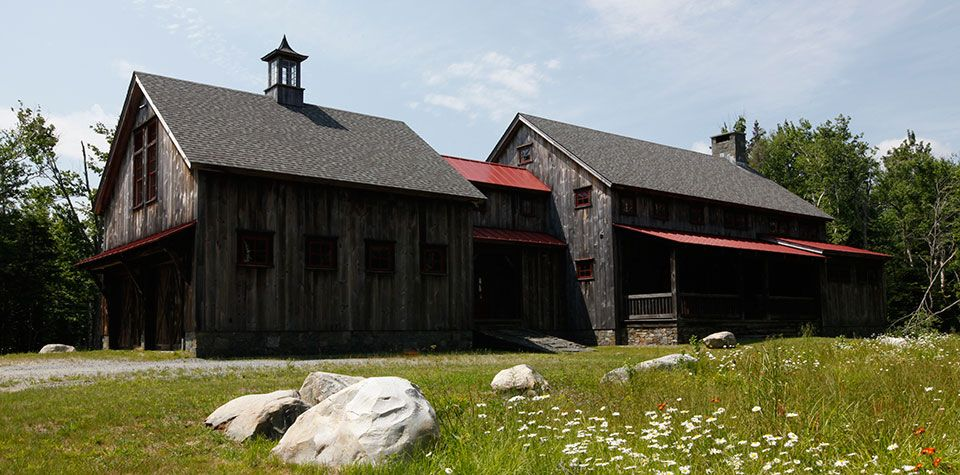 Vermont Barns - Traditional Post & Beam Barns in Stratton Vermont