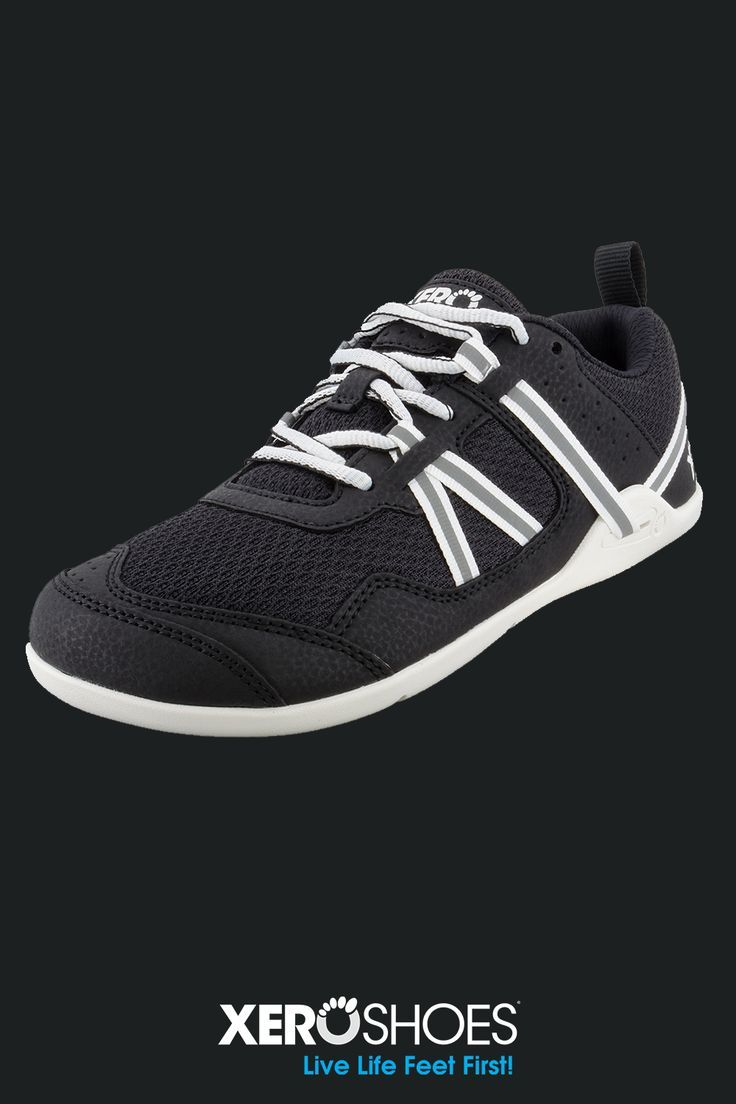 Men's minimalist running and trail shoe. Whether you're out on a run, trying out a new trail, hittin...