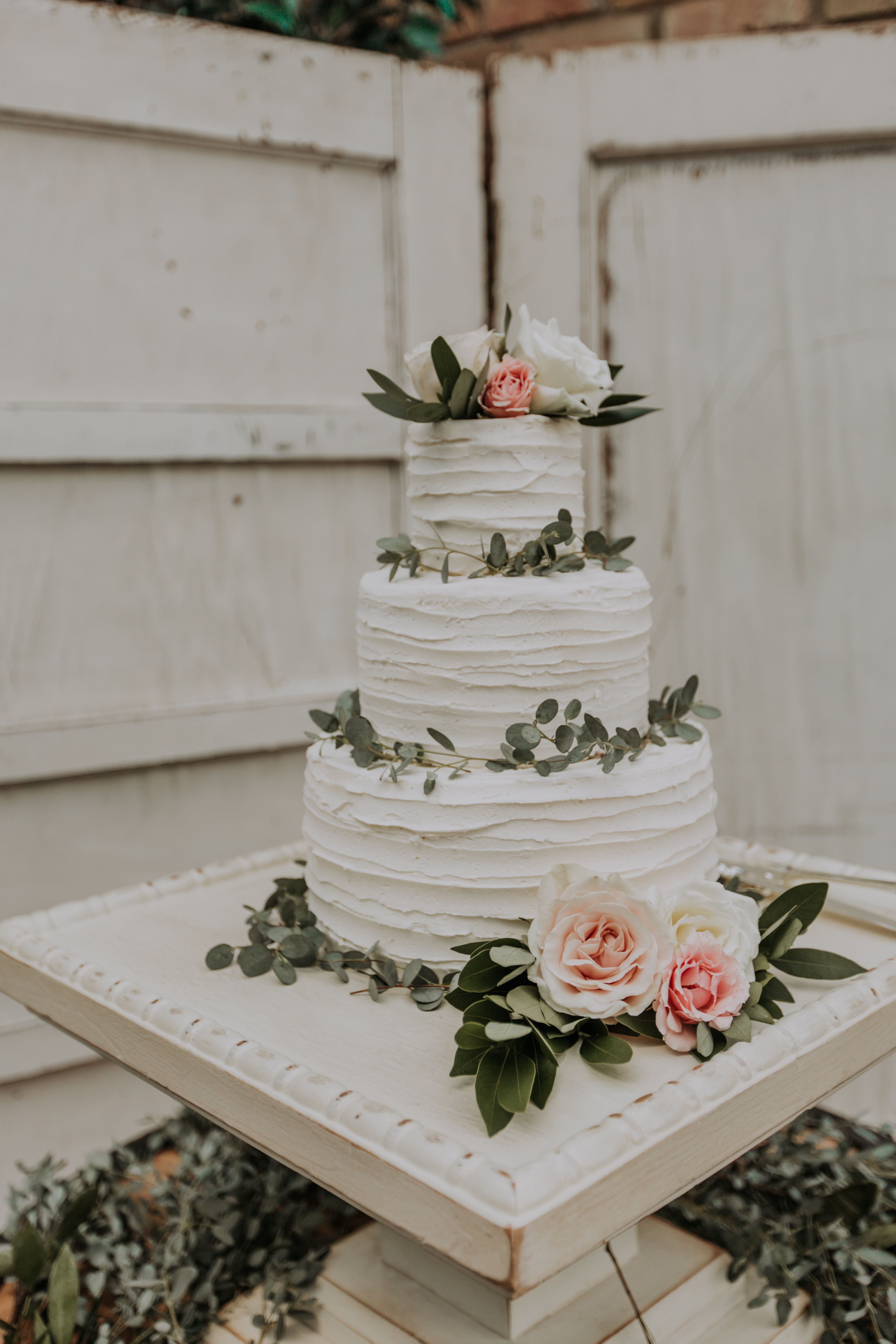 Simple White Wedding Cake With Greenery With Images Wedding