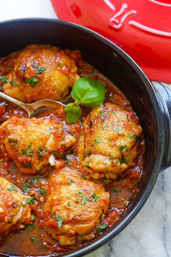 Italian Braised Chicken Delicious One Pot Braised Chicken Recipe With Tomato And Basil Sauce