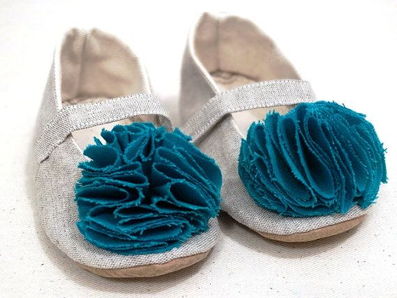 Pom Pom Newborn Baby Girl Booties Handmade Summer by ToastyToesies, $25.00