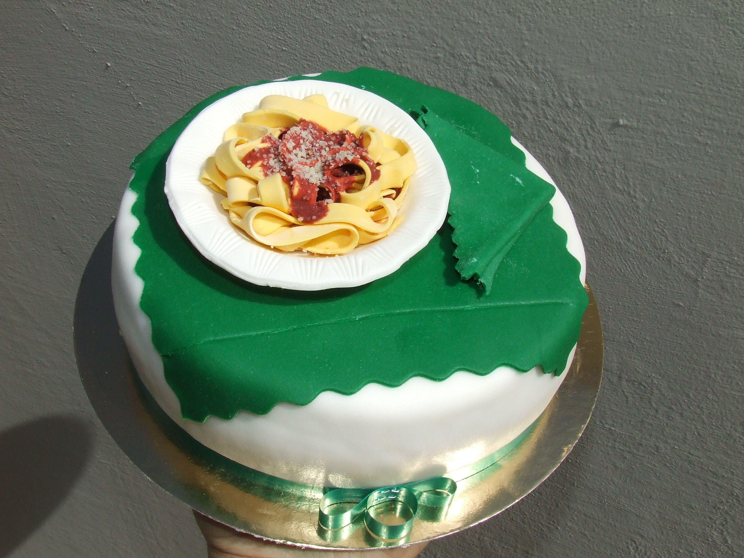 Torta tagliatelle al sugo